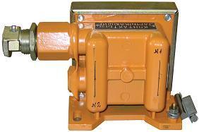 Выключатель предназначен для сигнализации крайних ...